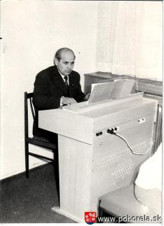 Ján Tešlár -- r.1976 - slávnostné prijímanie detí doživota
