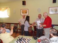 FIDE Open Pohorela 2010-- AnnaMária Kotočová zdomáceho oddielu si preberá cenu pre najlepšiu žiačku vturnaji    Od1.8. - 7.8.2010 sa konal šachový turnaj už 10.ročník šachového turnaja Fide Open Pohorelá.   Oproti predošlým ročníkom turnaj bol vtrva
