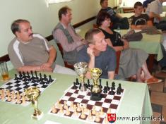 FIDE Open Pohorela 2010-- spokojnosť natvárach poukončení vľavo Peter Plánka zo Skalice (rodák zBrezna), vpravo Vlado Giertli - odnesie sám všetky ceny?    Od1.8. - 7.8.2010 sa konal šachový turnaj už 10.ročník šachového turnaja Fide Open Pohorelá.