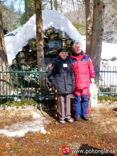 Lavínové nešťastie lesných robotníkov 1956-8.3.2006 - Starosta Ján Šulej sTomášom Frajtom - posledným žijúcim ztroch lesných robotníkov , ktorí prežili lavínovú tragédiu