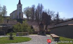 Program obnovy dediny -- pohorelské námestie - pamätník obetiam vojen