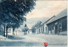 Pohorelá - 1926-vpravo stará krčma (teraz penzión Hron)