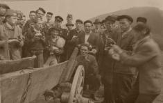1955 - Požiarny zbor zPohorelej pripravuje sa zdorastencami dosúťaže vroku 1955