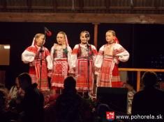 Dni obce 2013-Folklórny večer podOrlovou (foto: M.Datková)