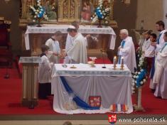 Dni obce 2013-Nedeľňajšia duchovná obnova - slávnostná odpustová svätá omša(foto: archív farského úradu)